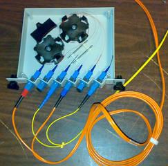 Fiber optic wiretap